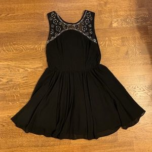 Beaded Detail Black Sleeveless Cocktail Dress